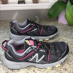 New Balance Women's 410 V4 Trail Running Shoe